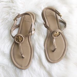 Tory Burch Dillon thong sandals in patent leather